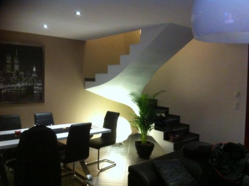 Escalier beton interieur maison - Escalier de maison interieur ...